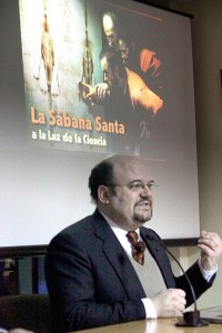 Rodríguez, durante la conferencia que impartió en Torrent.